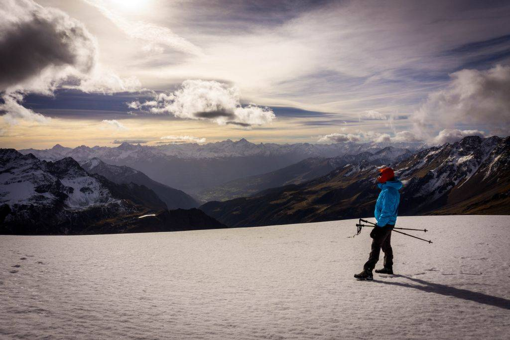 Hike a 3000 meters in the Alps - Tete Blanche 26