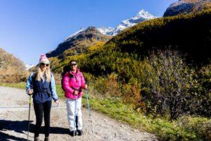 alps trekking aosta mountains