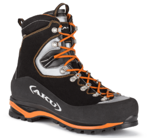 D1 mountaineering boots