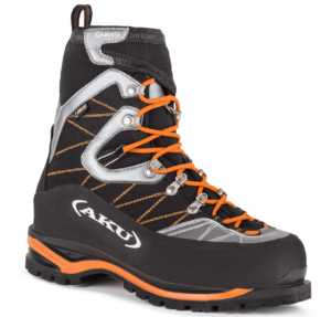 D2 mountaineering boots