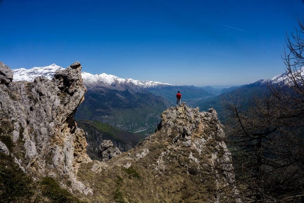 Thullie Hole - Spring Day Hike from Torino