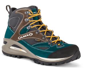 hiking boots B2