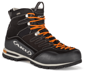 trekking boots C1